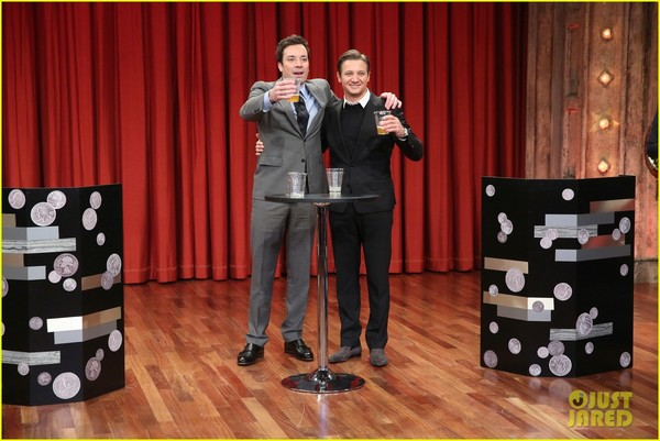 jeremy-renner-fallon-appearance-after-baby-news-02.jpg